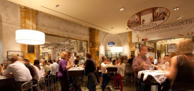 Piazza_RestaurantRotator03_840x398